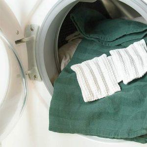 Coussin avec perles EM pour le lave-linge en coton bio